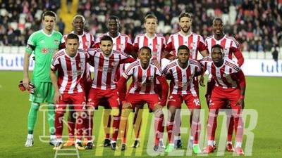 Photo of FM20 – 4-1-4-1 Sivasspor Atak Taktiği